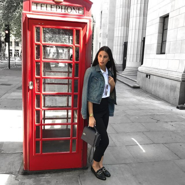 London vibes Yes I was being a typical tourist andhellip